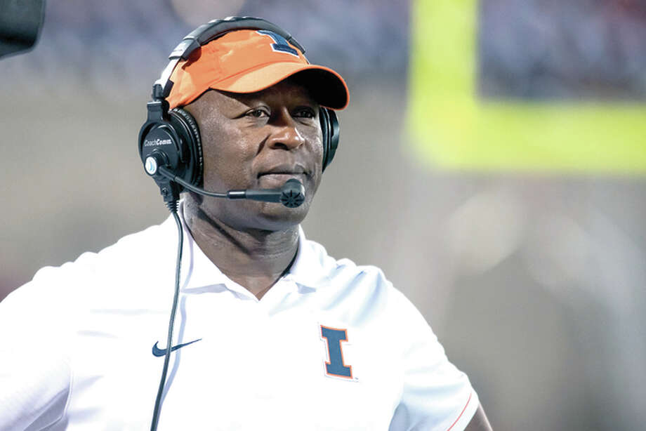Illinois head coach Lovie Smith watches from the sideline during last week's loss to North Carolina in Champaign. Photo: AP