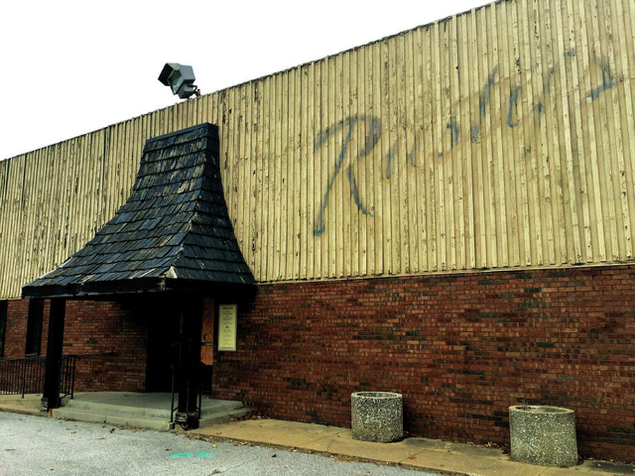 At first glance, a passerby wouldn't suspect the bones of the ramshackle Rusty's restaurant are made out of brick that dates back to 1819.