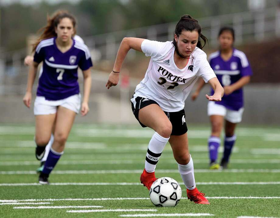 Porter's Kelly Rodriguez (22) heads toward the goal during the first period of a District 21-5A high school soccer match at Texan Drive, Saturday, Feb. 10, 2018, in New Caney. Rodriguez scored five goals in Porter's 11-0 win over Dayton. Photo: Jason Fochtman, Staff Photographer / © 2018 Houston Chronicle