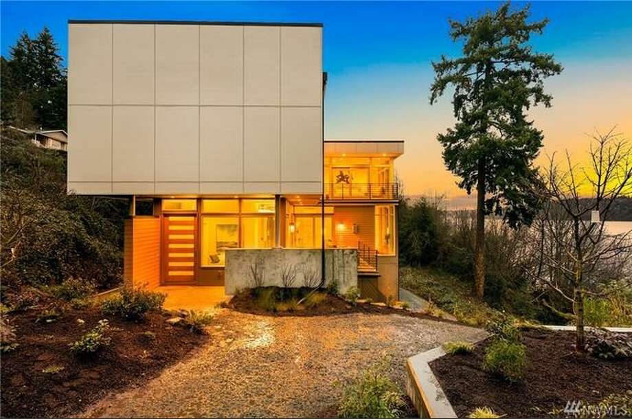 11500 Lakeside Avenue, Northeast, is new construction overlooking Lake Washington, priced at $1.750M Photo: HD Productions