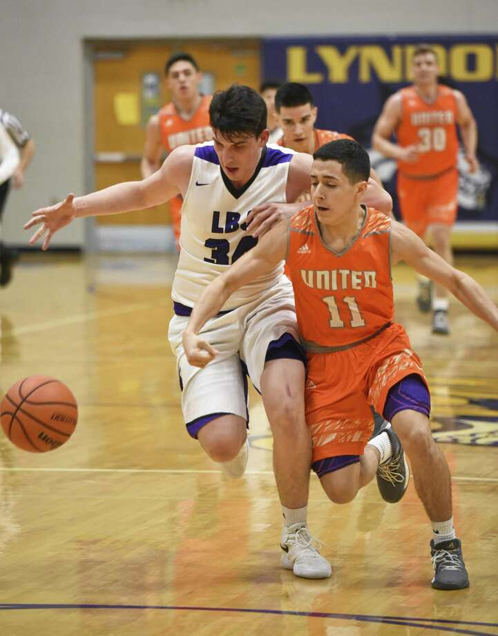 LBJ's Bryan Garza was named to the first team in District 29-6A for the second straight season while United's Alex Idrogo shared co-Newcomer of the Year honors with the Wolves' Chris Merino. Photo: Danny Zaragoza /Laredo Morning Times File / Laredo Morning Times