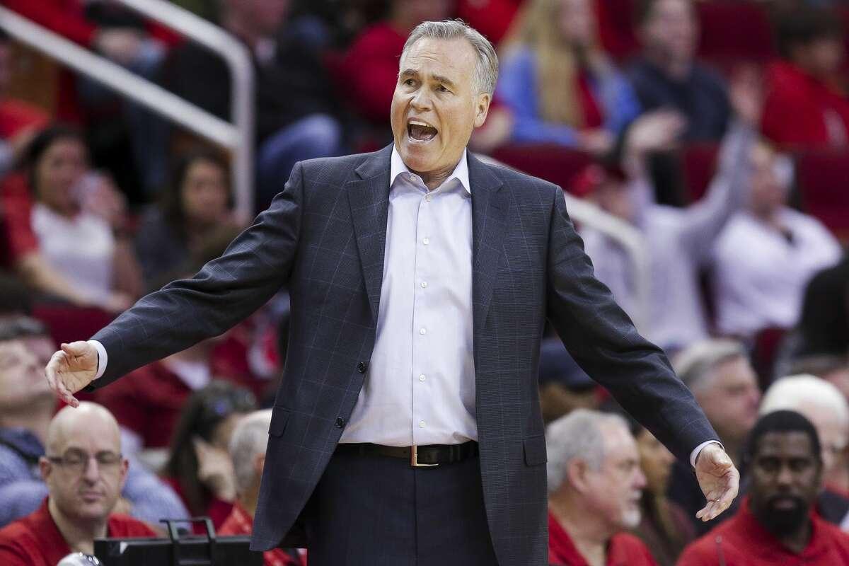 Houston Rockets head coach Mike D'Antoni reacts to a call as the Houston Rockets beat the Dallas Mavericks 104-97 at the Toyota Center Sunday, Feb. 11, 2018 in Houston. (Michael Ciaglo / Houston Chronicle)