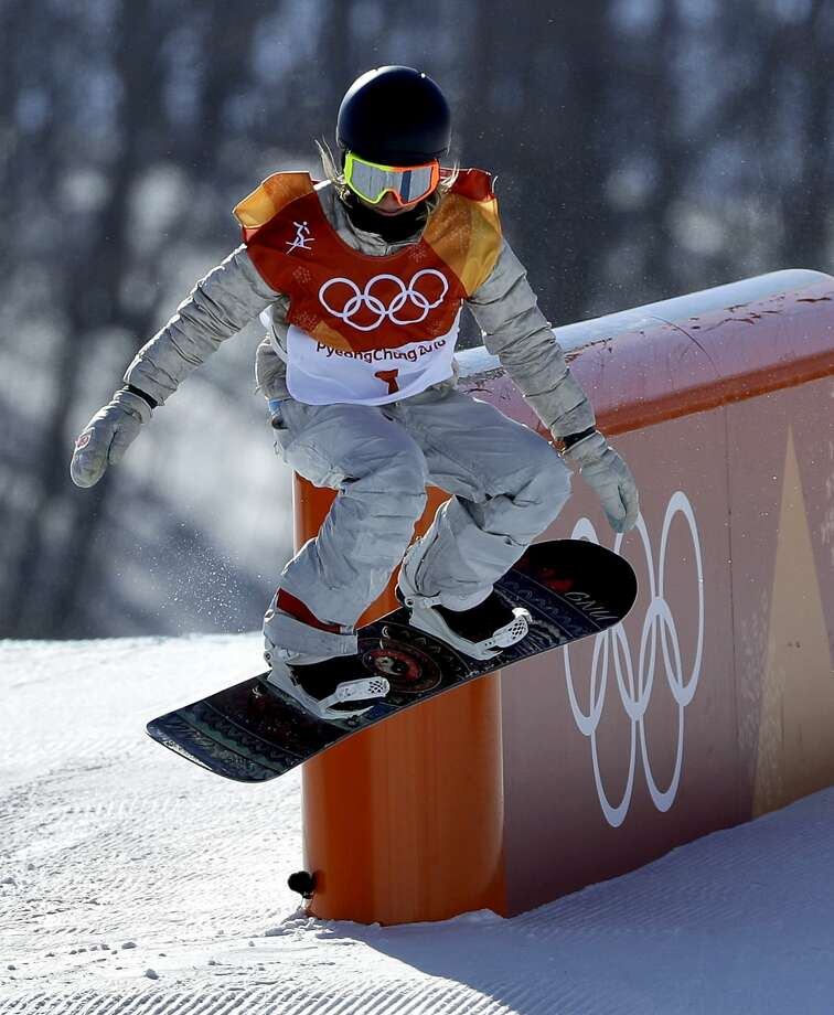 JamieAnderson runs the course in the women's slopestyle final at Phoenix Snow Park in Pyeongchang, South Korea. Photo: Gregory Bull, Associated Press