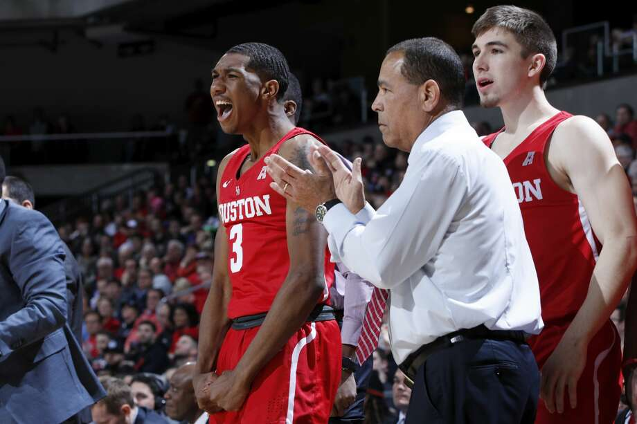 The Houston Cougars had some great moments early in their previous meeting against Cincinnati but ultimately lost the game. They get a rematch Thursday night in Houston against the No. 5-ranked Bearcats. Photo: Joe Robbins/Getty Images