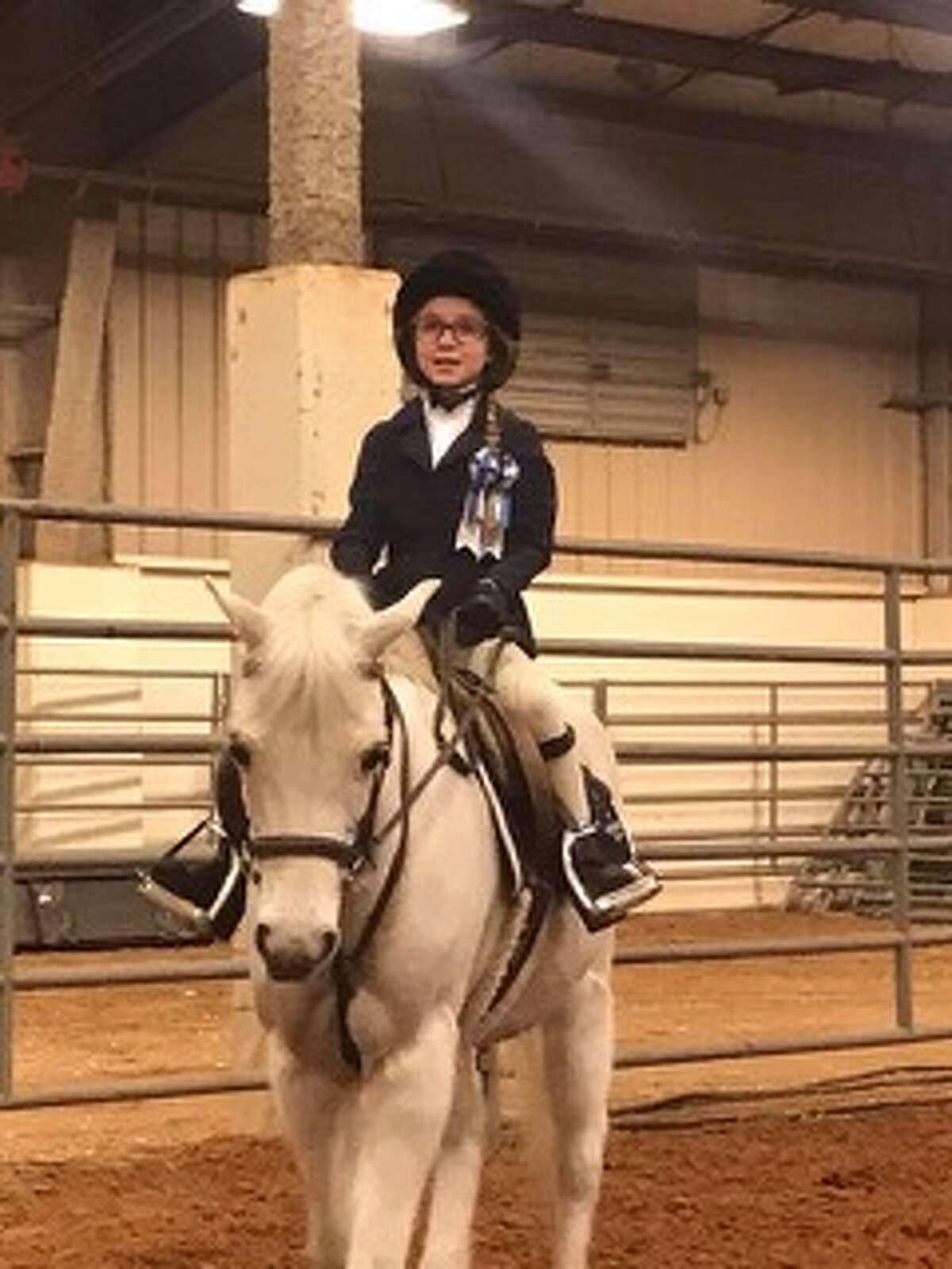 Horse show: Chloe Vines