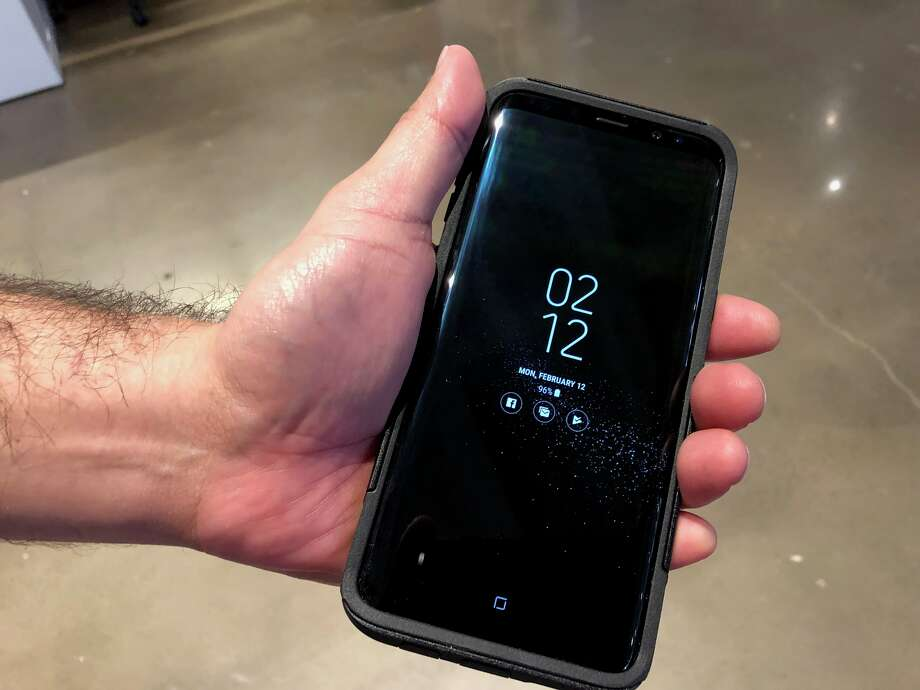 JR Gonzales' brand new Galaxy S8+. Photo: Dwight Silverman / Houston Chronicle
