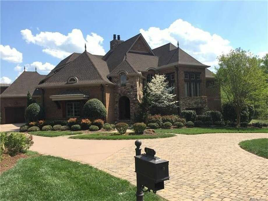 Golden State Warrior Steph Curry is dribbling away from his Waxhaw, NC, home. For $1.5 million, you can own the star point guard's house. Photo: Realtor.com