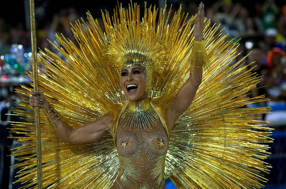 TOPSHOT - Brazilian personality Sabrina Sato performs with the Vila Isabel samba school on the first night of Rio's Carnival at the Sambadrome in Rio de Janeiro, Brazil, on February 11, 2018. / AFP PHOTO / Mauro PIMENTEL (Photo credit should read MAURO PIMENTEL/AFP/Getty Images) Photo: MAURO PIMENTEL/AFP/Getty Images