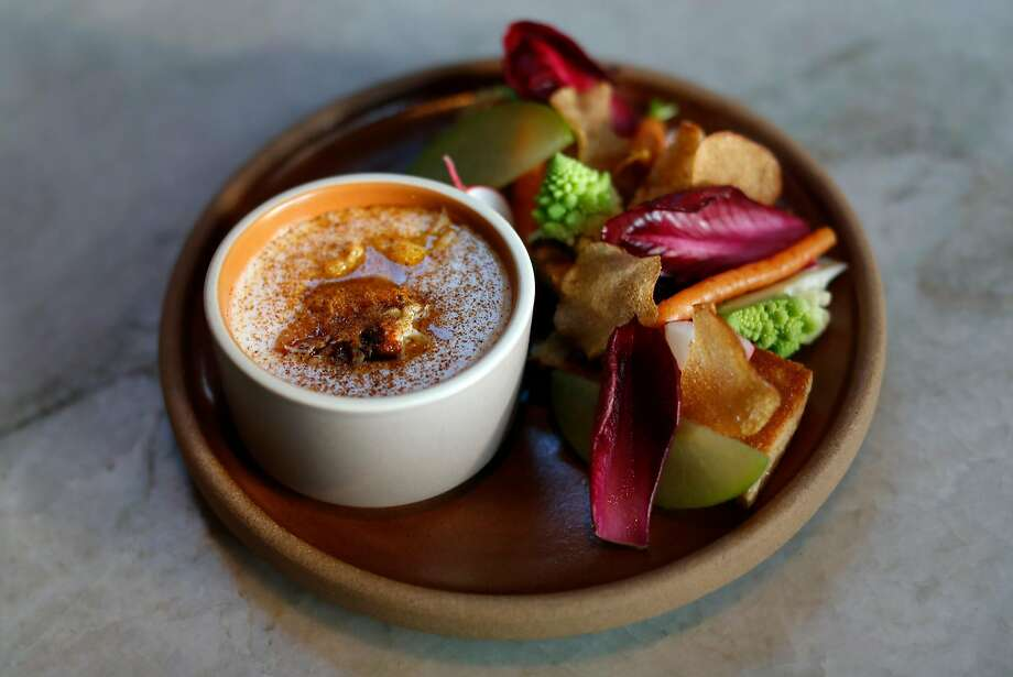 Dungeness Crab and Aged Cheddar Fondue at True Laurel in S.F. Photo: Scott Strazzante, The Chronicle