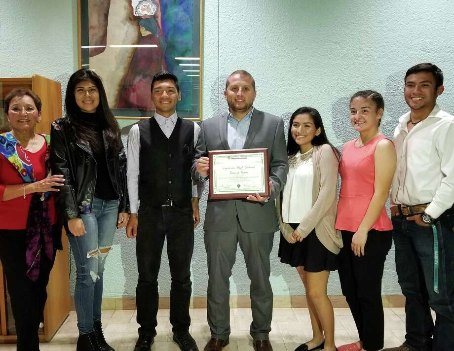 The Cigarroa tennis teams received the award for outstanding volunteer organization. Photo: Courtesy Photo