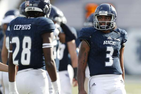 Rice Owls quarterback Miklo Smalls (3) talks with wide receiver Aaron Cephus (28) in the second half of a college football game at Rice Stadium, Saturday, Nov. 25, 2017, in Houston.  ( Karen Warren / Houston Chronicle )