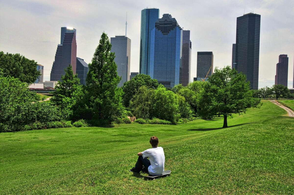 26. Houston, TX Overall score: 6.8 Housing affordability: 6.4 Healthcare: 6.2