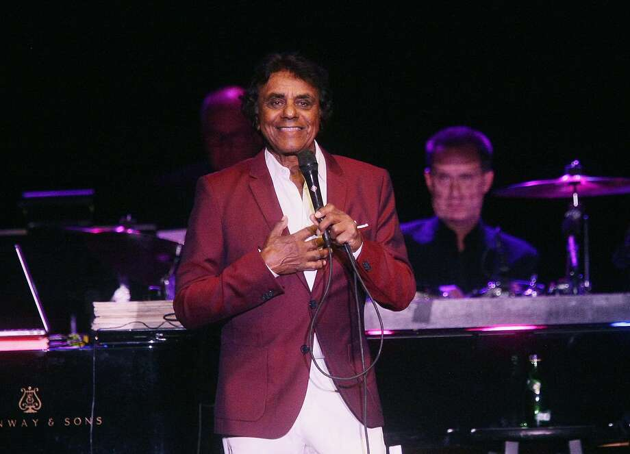 SAN JOSE, CA - OCTOBER 07: Johnny Mathis performs at City National Civic on October 7, 2017 in San Jose, California. Photo: (Photo By John Medina/WireImage), WireImage