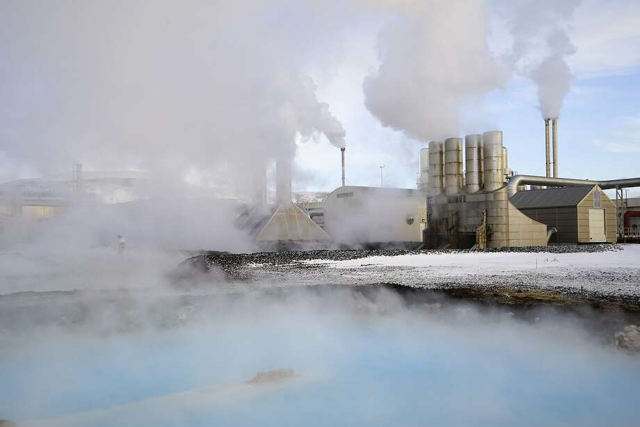 The Svartsengi geothermal power station in Grindavík, Iceland, helps provide power for bitcoin mining. Photo: Egill Bjarnason, Associated Press