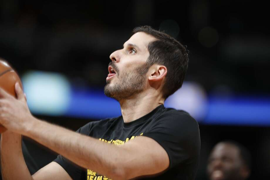 Golden State Warriors forward Omri Casspi (18) in the first half of an NBA basketball game Saturday, Feb. 3, 2018, in Denver. (AP Photo/David Zalubowski) Photo: David Zalubowski, Associated Press