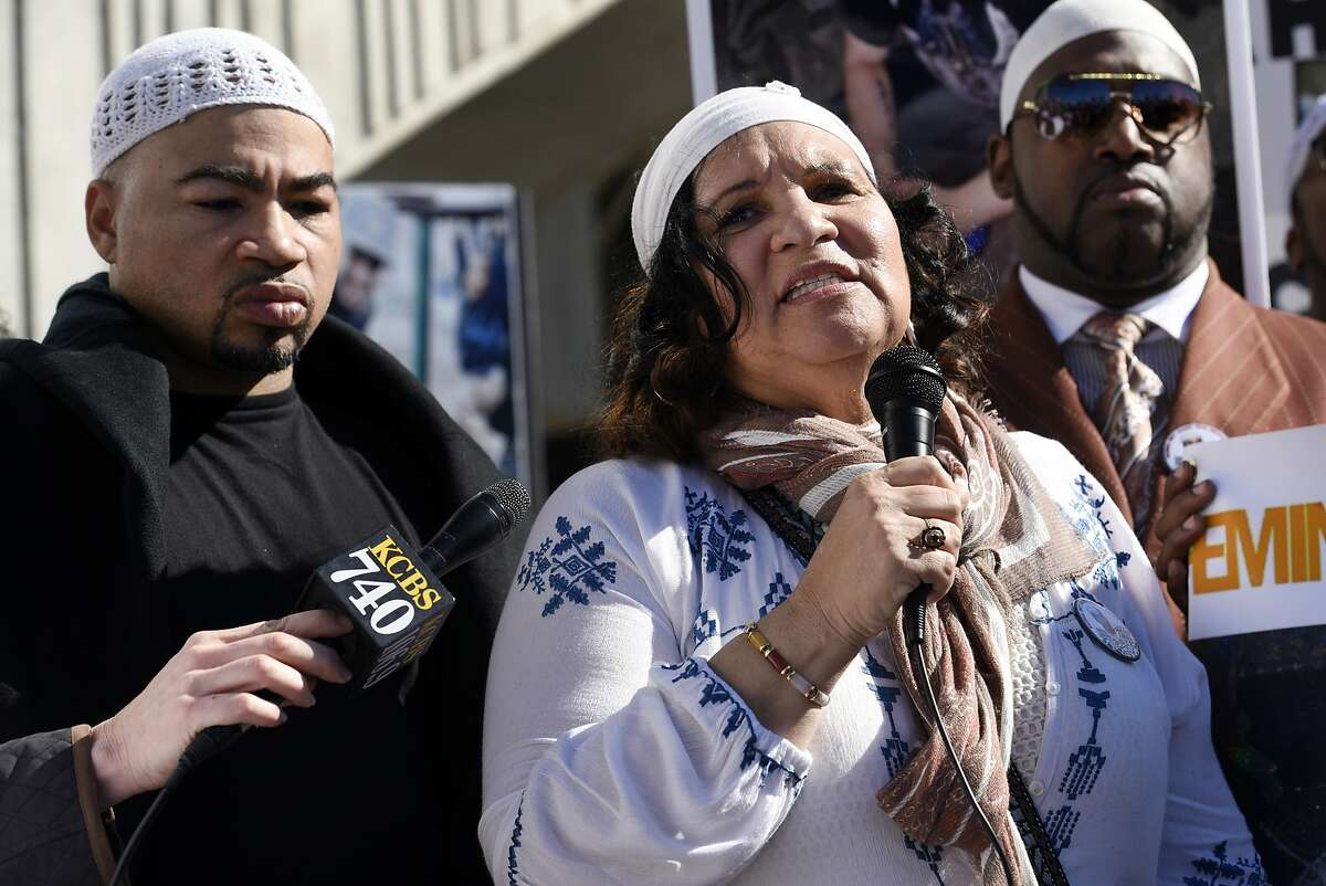 Sahleem Tindle's mother, Yolanda Banks, was joined by dozens of people Tuesday afternoon near the West Oakland BART Station.
