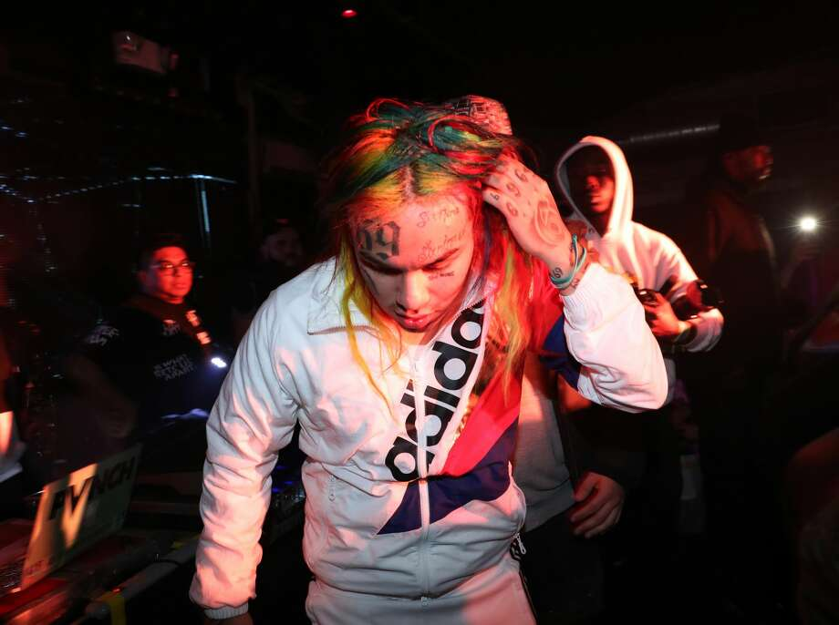 NEW YORK, NY - DECEMBER 30:  6ix9ine performs at FREQ NYC on December 30, 2017 in New York City.  (Photo by Johnny Nunez/WireImage) Photo: Johnny Nunez/WireImage