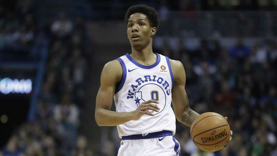 Golden State Warriors' Patrick McCaw dribbles during the first half of an NBA basketball game against the Milwaukee Bucks Friday, Jan. 12, 2018, in Milwaukee. (AP Photo/Morry Gash) Photo: Morry Gash / AP / Copyright 2018 The Associated Press. All rights reserved.