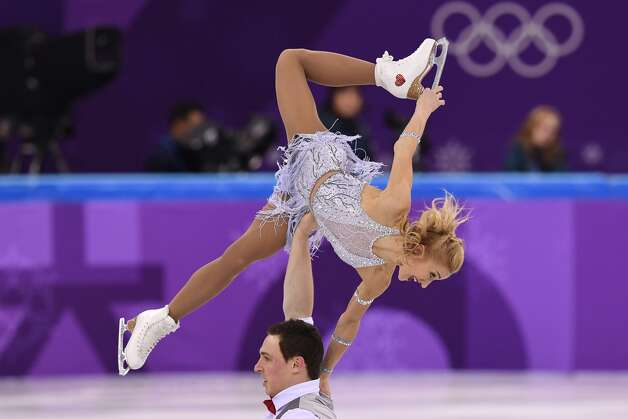 Germany's Aljona Savchenko and Germany's Bruno Massot compete in the pair skating short program of the figure skating event during the Pyeongchang 2018 Winter Olympic Games at the Gangneung Ice Arena in Gangneung on February 14, 2018. Photo: JUNG YEON-JE/AFP/Getty Images
