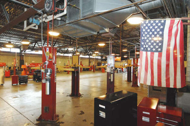 The auto lab, where President Barack Obama will speak  Monday at Hudson Valley Community College  in Troy, prepares students for good jobs in the 21st century economy. (Michael P. Farrell / Times Union)