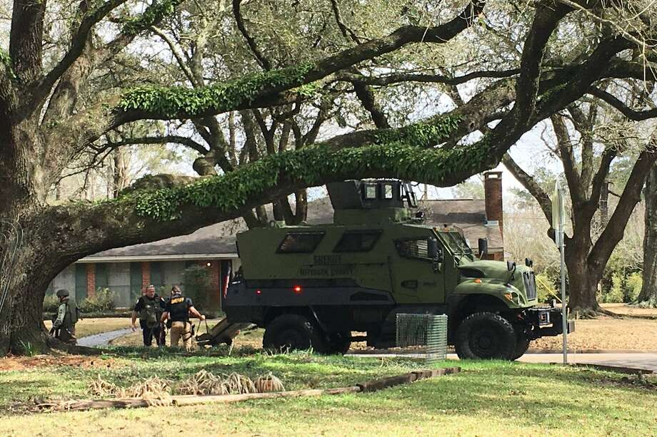 Jefferson County Sheriff's Office SWAT team is at Regina and Edson.