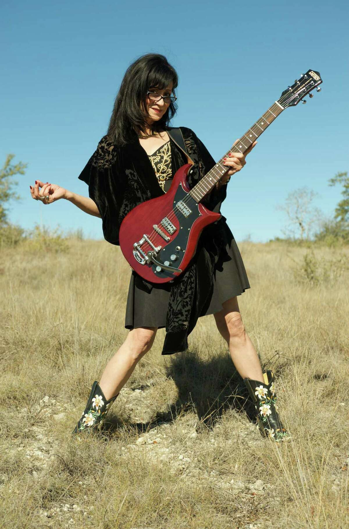 Rosie Flores returns to Cafe Nine in New Haven Friday night, Nov. 9.