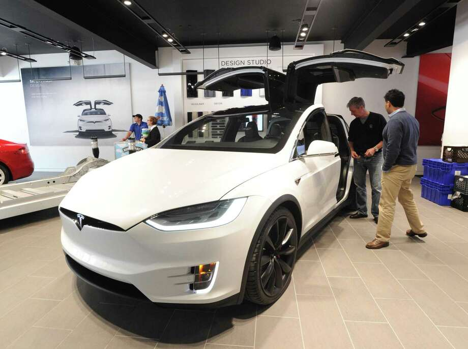Tesla makes plea to sell electric cars in Connecticut - Connecticut Post