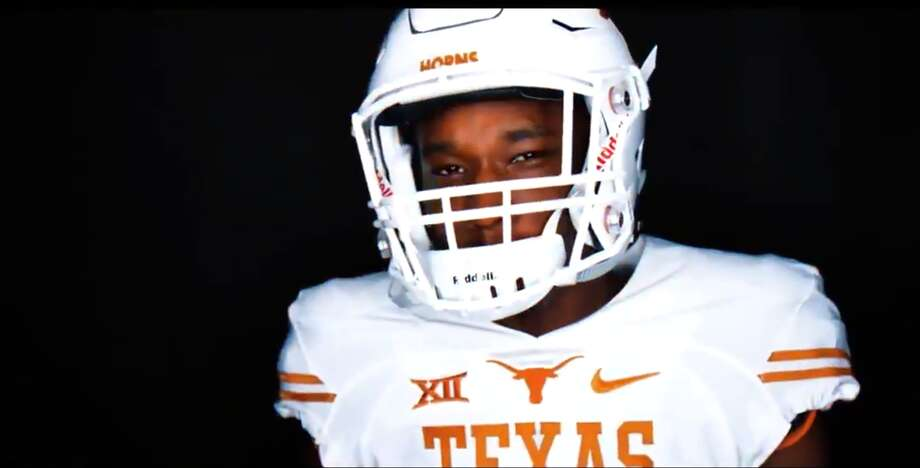 "Jalen Green DB | 6-1 | 174 LB | Houston, Texas (Heights) ""You aint messin with the team, pick you off, Jalen Green""  Photo: University Of Texas"