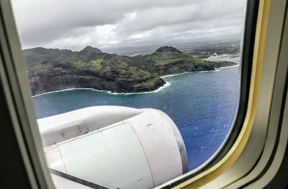 Approaching Kauai from a first class seat onboard a United Boeing 757 from SFO Photo: Chris McGinnis