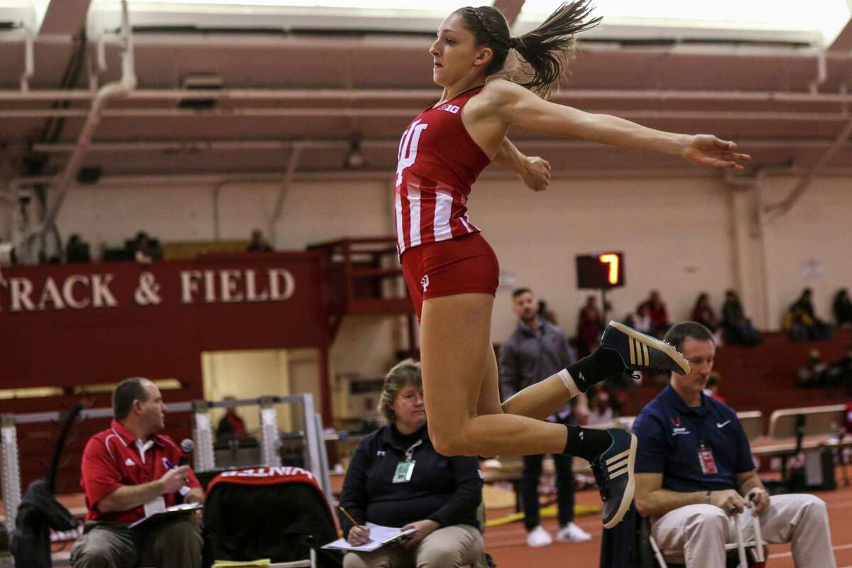 Albany Academy for Girls graduate Leah Moran of the Indiana indoor track team. (Zach Reitzug / Indiana Athletics)