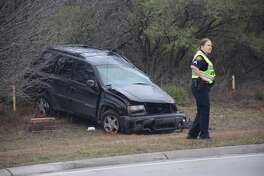 Police are responding to a major crash on Wurzbach Parkway involving at least five vehicles and a downed light pole.