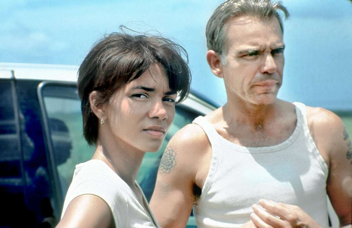 THIS IS A HANDOUT IMAGE. PLEASE VERIFY RIGHTS. MONSTERS27B-C-22JAN02-DD-HO Halle Berry and Billy Bob Thorton in Monster's Ball. ALSO RAN 11/2/2003