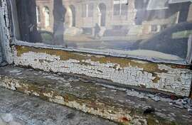 Chipping lead paint on 1035 E. Oliver Street in Baltimore. (Lloyd Fox/Baltimore Sun/TNS)