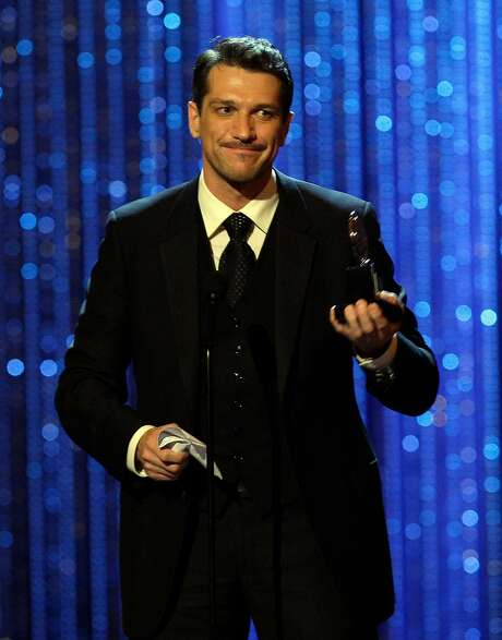 "Paulo Szot accepts the best-actor award for ""South Pacific"" at the 2008 Tonys. Photo: Jeff Christensen, AP"