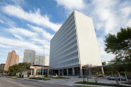 5433 Westheimer, in the Galleria area, has gained a new tenant.