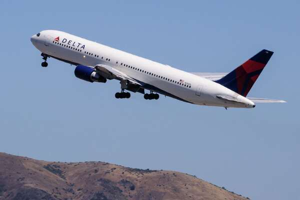 #5  Delta is running a close race with Southwest flying 6,805  seats per day at SFO to it's big hubs in Atlanta, Detroit, Minneapolis, Salt Lake, LAX and New York JFK and Seattle