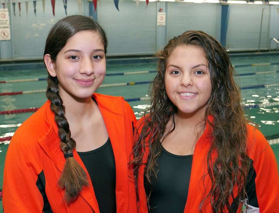 Danielle Perales is making a second straight appearance at the state meet while Alijah Rodriguez makes her debut for United. Photo: Cuate Santos /Laredo Morning Times / Laredo Morning Times