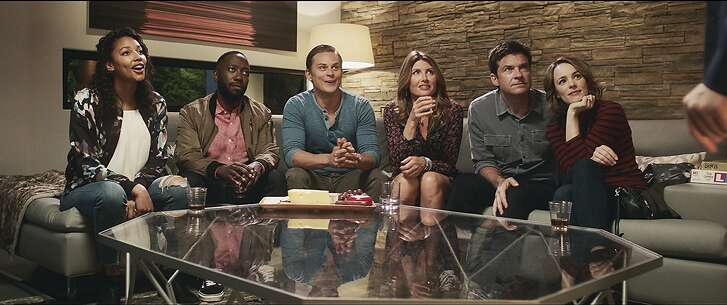 Sharon Horgan, Lamorne Morris, Billy Magnussen, Kylie Bunbury, Jason Bateman, Rachel McAdams in 'Game Night'