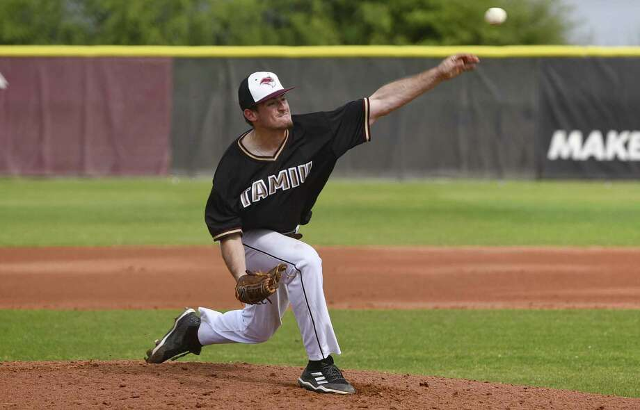 Pitcher Kyle Kieschnick and the Dustdevils split with Houston-Victoria Saturday. TAMIU earned its first win in the opening game on a walk-off RBI single from Kobrey Garcia. Photo: Danny Zaragoza /Laredo Morning Times / Laredo Morning Times