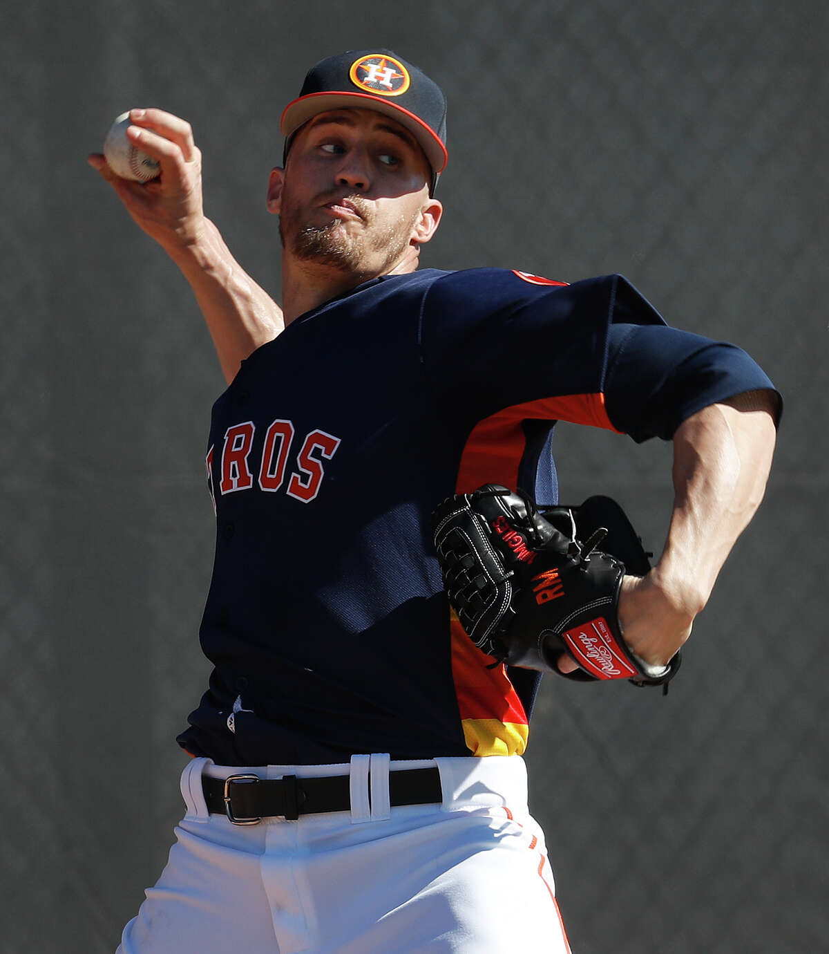 Astros closer Ken Giles throws a bullpen session during spring training at The Ballpark of the Palm Beaches. He worked hard on his endurance in the offseason.