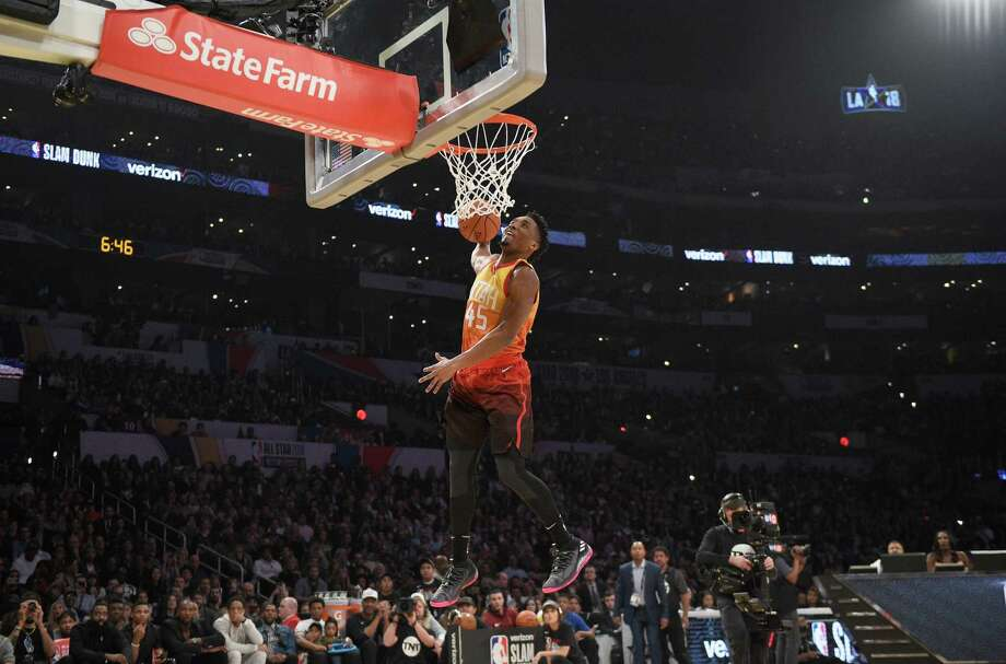 LOS ANGELES, CA - FEBRUARY 17:  Donovan Mitchell #45 of the Utah Jazz competes in the 2018 Verizon Slam Dunk Contest at Staples Center on February 17, 2018 in Los Angeles, California. Photo: Kevork Djansezian, Getty Images / 2018 Getty Images