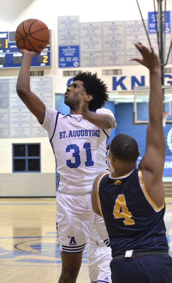 St. Augustine's D'Andre Griffin will sign a National Letter of Intent with Divison III's Newbury College of Boston on Friday morning. Photo: Cuate Santos /Laredo Morning Times File / Laredo Morning Times