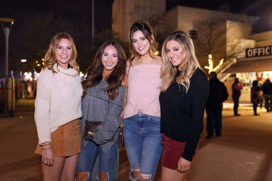 Off-the-shoulder blouses keep rodeo queens cool and classy both on the grounds and in the AT&T Center. Photo: Marco Garza For MySA