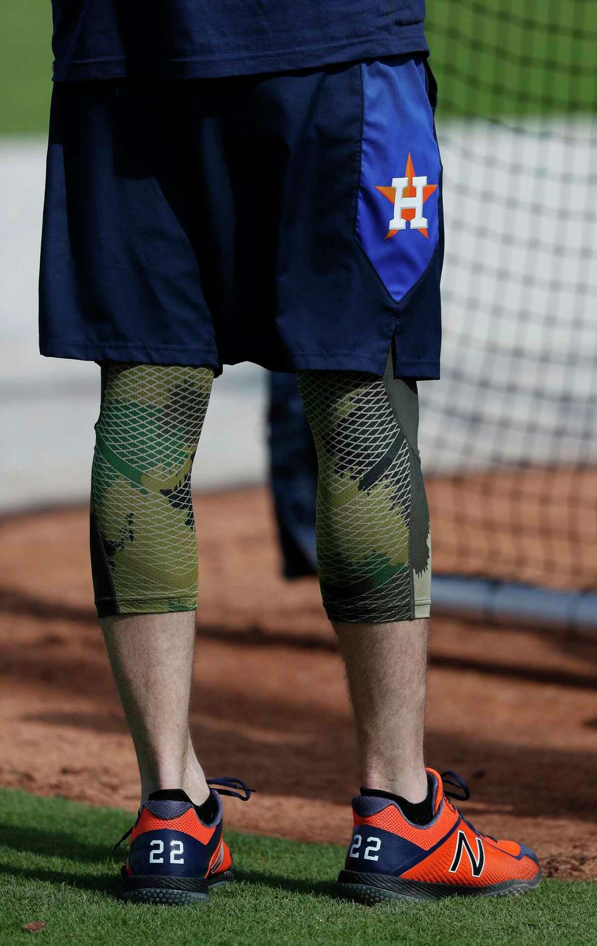 Houston Astros Josh Reddick takes voluntary batting practice during a shortened spring training day at The Ballpark of the Palm Beaches, Sunday, Feb. 18, 2018, in West Palm Beach. Position players join the pitchers and catchers for a full squad workout, Monday.