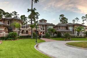 Newest photos of the 8107 St Michaels Crest Lane mansion in Humble.