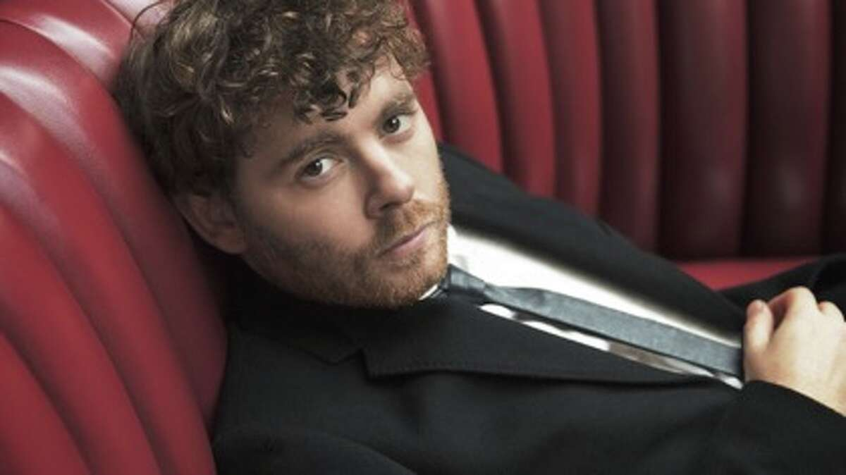 Gabriel Kahane, a young Brooklyn-based composer and vocalist, was the guest artist who presented the world premier of his