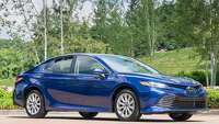 Stylishly redesigned Toyota Camry has lots of new technology, features - Photo