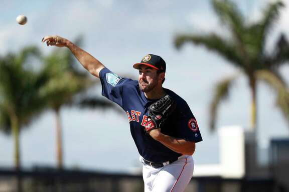 Houston Astros RHP pitcher Justin Verlander (35) throws live batting practice, as full squad workouts began during spring training day at The Ballpark of the Palm Beaches, Monday, Feb. 19, 2018, in West Palm Beach .