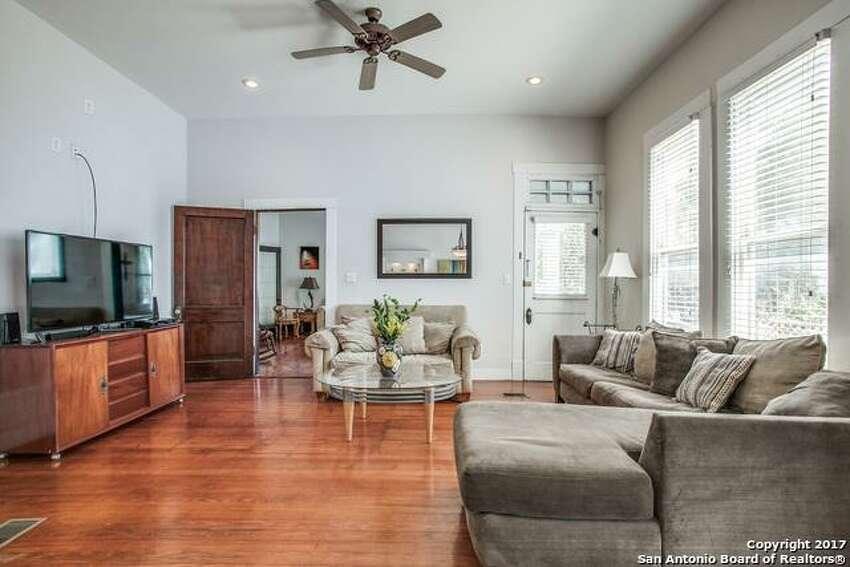 1.332 Florida St., San Antonio, TX 78210:$725,000 4 bedrooms | 2 full, 1.5 half bathrooms | Year built: 1910