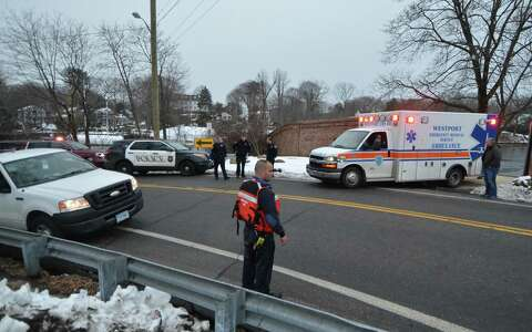 Man pulled from Saugatuck River after jumping from highway